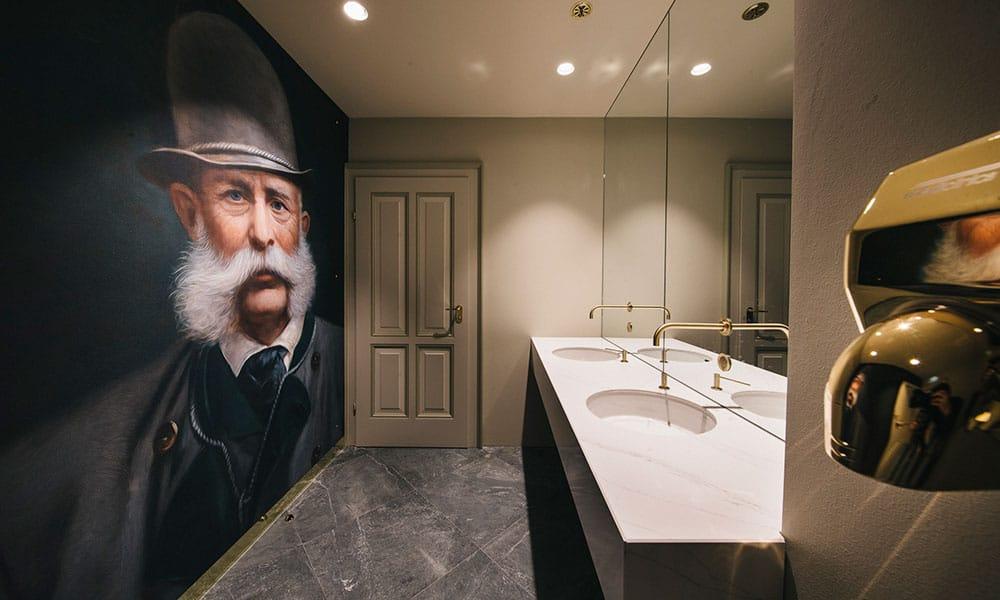 Toiletten Grand Café Zauner